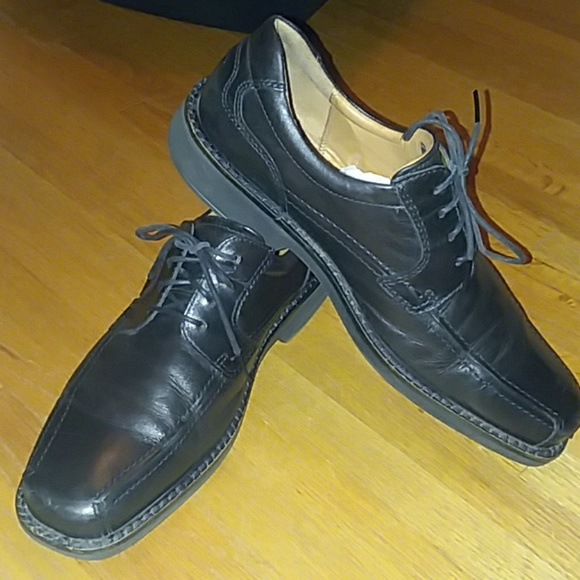 e7d1241404af Ecco size 11 black casual leather shoes. M 5b9869cf5c4452c428e965d0